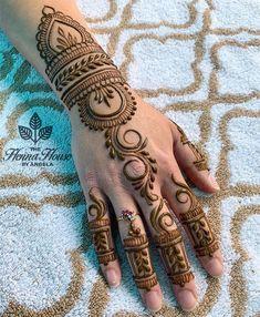 Very Simple Mehndi Designs, Mehndi Designs Front Hand, Pretty Henna Designs, Mehndi Designs For Kids, Mehndi Designs Feet, Henna Art Designs, Mehndi Simple, Mehndi Designs For Fingers, Latest Mehndi Designs