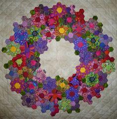 ...just Quilts: Delden Quilt Exhibition--WOW--hexagon wreath
