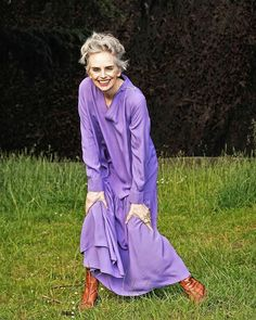 Mel wears a purple dress   40plusstyle.com