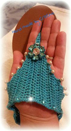 Crochet sandals Crochet Ripple, Crochet Art, Cute Crochet, Crochet Stitches, Crochet Patterns, Crochet Boot Cuffs, Crochet Boots, Crochet Slippers, Crochet Clothes