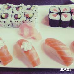 DAY 13 : Sushi night!! #bellessoeurs #teamferris