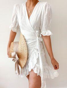 Dress Outfits, Casual Dresses, Short Dresses, Casual Outfits, Dresses For Work, Fashion Dresses, Baby Dresses, Dress Clothes, Bird Dress