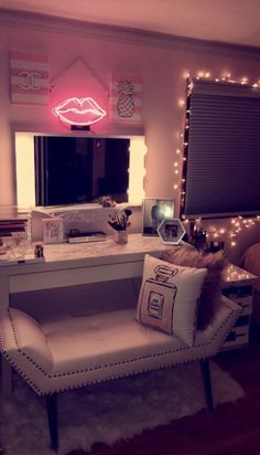 Dream Room. For more idea join the LIT CREW follow my pinterest @onelitlife and Instagram @_onelitlife