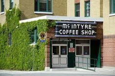 McIntrye Coffee Shop Love the breakfast here! Quebec, Ontario, Coffee Shop, Bears, Photos, Pictures, Canada, City, Breakfast