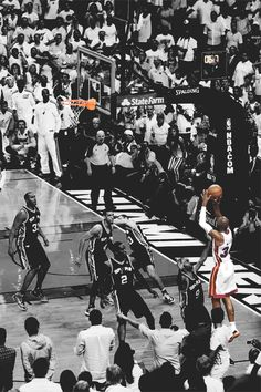 Ray Allen's Shot in Game 6 of 2013 NBA Finals - Time just stopped during that shot Basketball Rim, Miami Heat Basketball, Love And Basketball, Basketball Legends, Basketball Players, Basketball Shoes, 2013 Nba Finals, Nba Pictures, Sport Nutrition