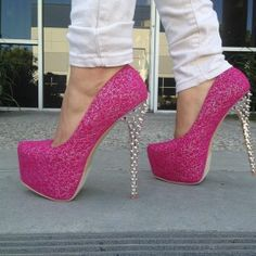 Pink glitter shoe heel from ILoveCuteShoes.com