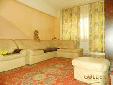 Vand apartament 2 camere, Micalaca, etaj 2, 70 mp, amenajat Arad • OLX.ro Vand, Couch, Furniture, Home Decor, Sofa, Sofas, Home Furnishings, Interior Design, Home Interiors
