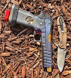 @infinity_firearms & @ztknives when only the best will do. Made in  #infinityfirearms #sviguns #zerotoleranceknives #ztknives #GoBold #OverBuilt #jessetischauser #IGGunslingers