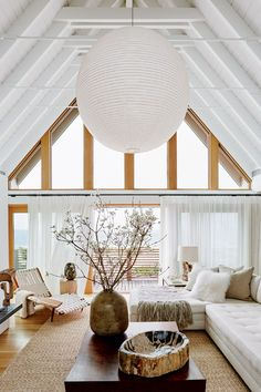 The-5-most-flawless-living-room-ideas-ever-in-white-modern-white-living-room-with-cathedral-ceiling The-5-most-flawless-living-room-ideas-ever-in-white-modern-white-living-room-with-cathedral-ceiling