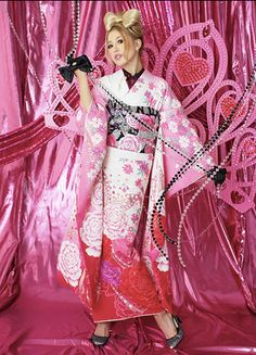 The Kimono Lady: furisode Furisode Kimono, Japanese Outfits, Sari, Cosplay, How To Make, Fashion, Saree, Moda, Fashion Styles