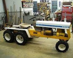 home built road grader Yard Tractors, Small Tractors, Tractor Mower, Lawn Mower, Antique Tractors, Vintage Tractors, Garden Tractor Pulling, Cub Cadet, Farm Toys