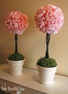Ceremony Decorations: Pom Topiaries or How I Fail at Spatial Reasoning :