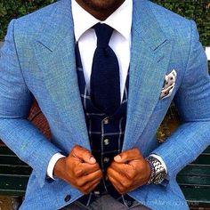 Sharp Bespoke Suit ! #startailorhouse #phuket #patong #besttailorphuket #custom #bespoketailoring #bespoke #fashion #blazer #blue #trending #customsuits #besttailor #gq #dapper #swag #class #phukettailor #tailored #mensfashion #menswear #fashiondesigners