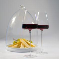 Zieher Shop: Wein-Käse-Set. Vision Weingläser und Plateau-Teller mit Cloche.