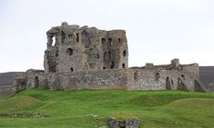 Auchindoun Castle, Moray, was built by Thomas Cochrane in the mid-15th century