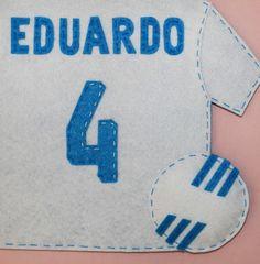 cocodrilova: nombre para la habitacion del Real Madrid  #nombrehabitacion #nombrefieltro #realmadrid #hechoamano   nombre-fieltro-habitacion-realmadrid