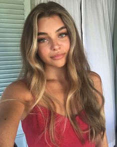 Hair Care Tips That You Shouldn't Pass Up. If you don't like your hair, you are not alone. Beauté Blonde, Brown Blonde Hair, Medium Blonde, Blonde Model, Hair Medium, Light Blonde, Light Brown Hair, Light Hair, Medium Brown
