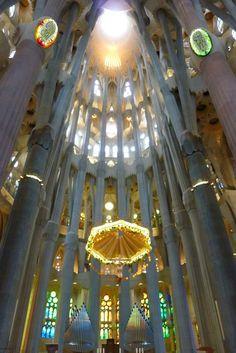 Altar of Sagrada Familia -  Antoni Gaudí