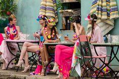 Beach Flowers Style Ivanka Hristova & Radina's Flowers – Runway – Balkan FW Day 4 Art director Valeria Orlando V)or ambassador e Mua Monica Guidi