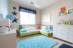 DIY Pallet Beds - Shared Boys Room