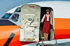 Vintage Airliners - PSA Stewardress Flight Attendant Pacific Southwest Airlines MD-80