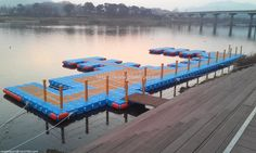 This is small marina facilities for JET-SKI which able to moor small boat with it.  충주에 설치된 마리나 시설로 소형보트를 계류할수 있는 구조물입니다.