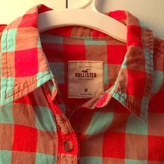 {hollister} blue and orange plaid buttondown Hollister button down in orange and turquoise plaid. Size M. Good condition, only worn a handful of times. 100% cotton. Colors closest to first picture. Hollister Tops Button Down Shirts