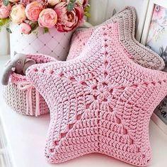 Art Au Crochet, Bag Crochet, Crochet Stars, Crochet Stitches, Knitting Patterns Free, Free Pattern, Crochet Patterns, Crochet Ideas, Crochet Cushions