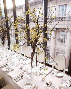 A Tall $1.00 Centerpiece - BRONZE BUDGET BRIDE - A network of mini budget brides...
