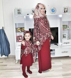 Fashion Kids Design Daughters 19 Ideas For 2019 Abaya Mode, Mode Hijab, Abaya Fashion, Muslim Fashion, Mom Dress, Baby Dress, Hijab Stile, Hijab Evening Dress, Hijab Style Dress
