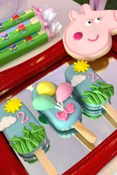 Violeta Glace 's Birthday / Peppa Pig - Photo Gallery at Catch My Party Birthday Cake Pops, Pig Birthday, Birthday Cake Girls, Birthday Parties, Birthday Ideas, Magnum Paleta, Wedding Cake Pops, Baby Shower Cake Pops, Pig Party