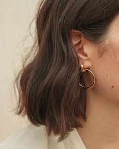 Hair Jewelry Acessories look here - Cabelo Inspo, Mickeal Kors, Easy Style, Hair And Nails, Jewelry Accessories, Gold Jewelry, Pearl Jewelry, Fine Jewelry, Dainty Jewelry