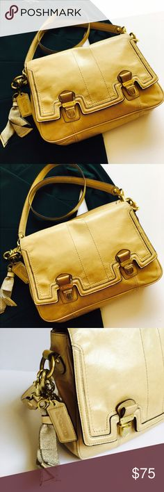 Beautiful Genuine Leather Coach Shoulder Purse 👛 This is the go to bag 💼 for everyday life. It is one of my favorites. It is Authentic and in good condition. But it  does have some use. Please see pictures for more details. Size: 10 inches tall and 11 inches wide. Coach Bags Shoulder Bags