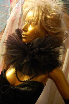 QUEEN De-Luxe Bridal Steampunk Gothic Tulle Dandy Collar Neck Ruff LADY VENGEANCE Carnivvale Clown Cirque. $32.00, via Etsy.