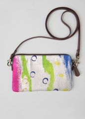 Cayman Bubbles Clutch: What a beautiful product!