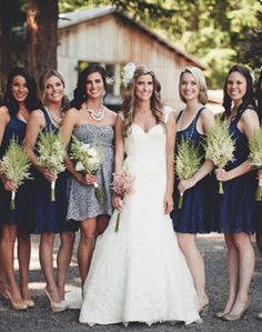 love everything about this rustic navy blue & gray wedding!