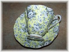 Exceptional Vintage Royal Standard Chintz Tea Cup & Saucer