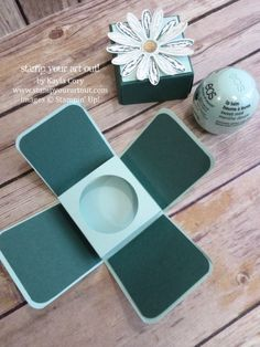 EOS Lip Balm Daisy Gift Box…#stampyourartout - Stampin' Up!®️️️ - Stamp Your Art Out! www.stampyourartout.com