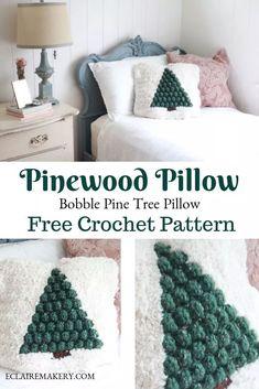 Newest Pics Crochet pillow Tips Pinewood Crochet Pillow: Free Pattern Crochet Christmas Decorations, Christmas Crochet Patterns, Crochet Ornaments, Crochet Snowflakes, Christmas Crochet Blanket, Crochet Quotes, Pixel Art Geek, Crochet Cushions, Crochet Pillow Covers