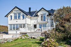 4ADIKJ5C70C8A8LQ Swedish House, House Goals, Home Fashion, My Dream, Beautiful Homes, Sweet Home, Villa, Mansions, Architecture