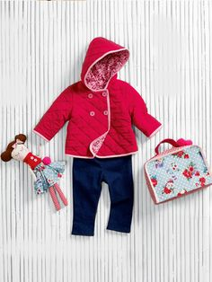 burda style - Schnittmuster für Babys - Kapuzenjacke, Puppe und Koffer mit Reißverschluss - Foto: Jan Schmiedel