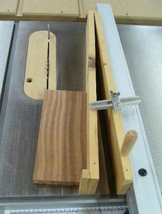 Tablesaw Tapering Jig...This gadget is dangerous! Look for a design that clamps the work piece #woodworkingtips