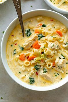 Creamy Chicken Pasta Soup Recipe – – Nutritious, easy and big on flavor, this delicious chicken pasta soup tastes like you spent all day in the kitchen, but it's done in less than 30 minutes! Chicken Pasta Soup Recipe, Creamy Chicken Pasta, Chicken Recipes, Crockpot Recipes, Cooking Recipes, Healthy Recipes, Healthy Food, Pasta Facil, Soup And Sandwich