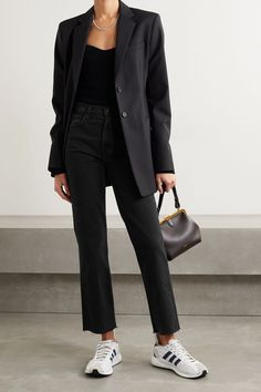 All Black Outfit For Work, Jeans Outfit For Work, Jeans Outfit Winter, Black Jeans Outfit Casual, Mode Outfits, Jean Outfits, All Black Looks, Mode Inspiration, Work Casual
