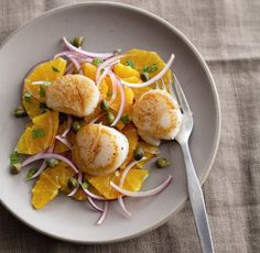 Quick & Easy Seared Scallops with Oranges