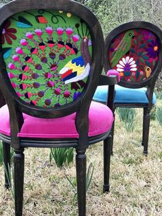 Mexican Textiles That Wow - Chair Whimsy Funky Painted Furniture, Painted Chairs, Refurbished Furniture, Repurposed Furniture, Furniture Makeover, Home Furniture, Nursery Furniture, Antique Furniture, Studio Furniture