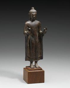 Standing Buddha – Works – Collections – The Nelson-Atkins Museum of Art Art Thai, Standing Buddha, Southeast Asian Arts, Thailand Art, Sculpture Projects, Buddhist Art, Bronze Sculpture, Buddhism, Art Museum