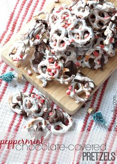 peppermint chocolate-covered pretzels. Easy to make and great for the holidays!
