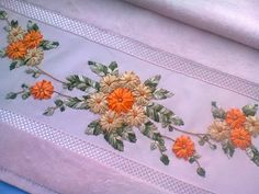 Wonderful Ribbon Embroidery Flowers by Hand Ideas. Enchanting Ribbon Embroidery Flowers by Hand Ideas. Ribbon Embroidery Tutorial, Silk Ribbon Embroidery, Crewel Embroidery, Hand Embroidery Designs, Floral Embroidery, Embroidery Patterns, Brazilian Embroidery Stitches, Learn Embroidery, Embroidery Needles