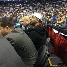 """Drake Introduces Toronto Raptors Starting LineUp To """"6 God"""" At Drake Night (Video)"""